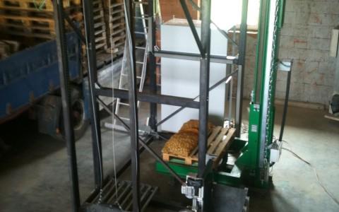 Kartoffelsackpalettiermaschine