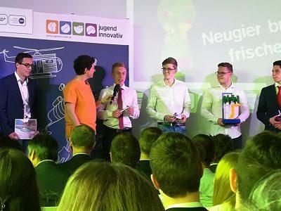 "Projekt ""Automatisierte verstellbare Kondensatorbank"" im Jugend-Innovativ Halbfinale"