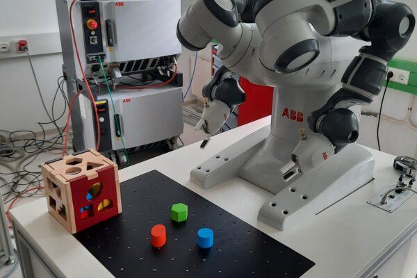 Bausteinsortierung mit kollaborativem Roboter